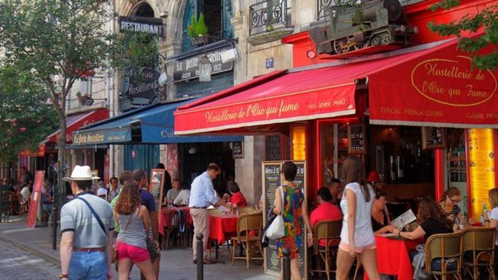 Uma nova aba no Google Maps permite que você avalie um restaurante de forma mais simples — Foto: Getty Images via BBC