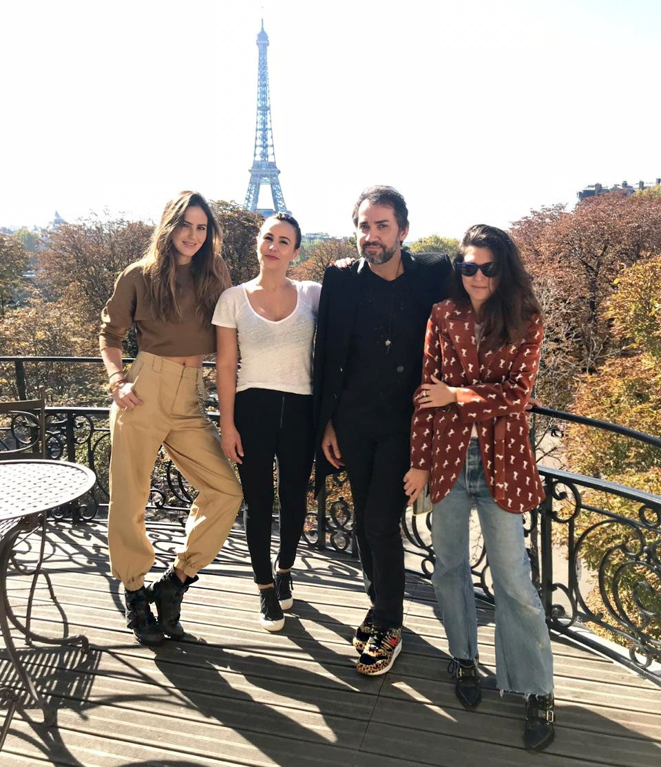 NK team reunido em Paris: Helena Barbero,  (Foto: Vogue Brasil)