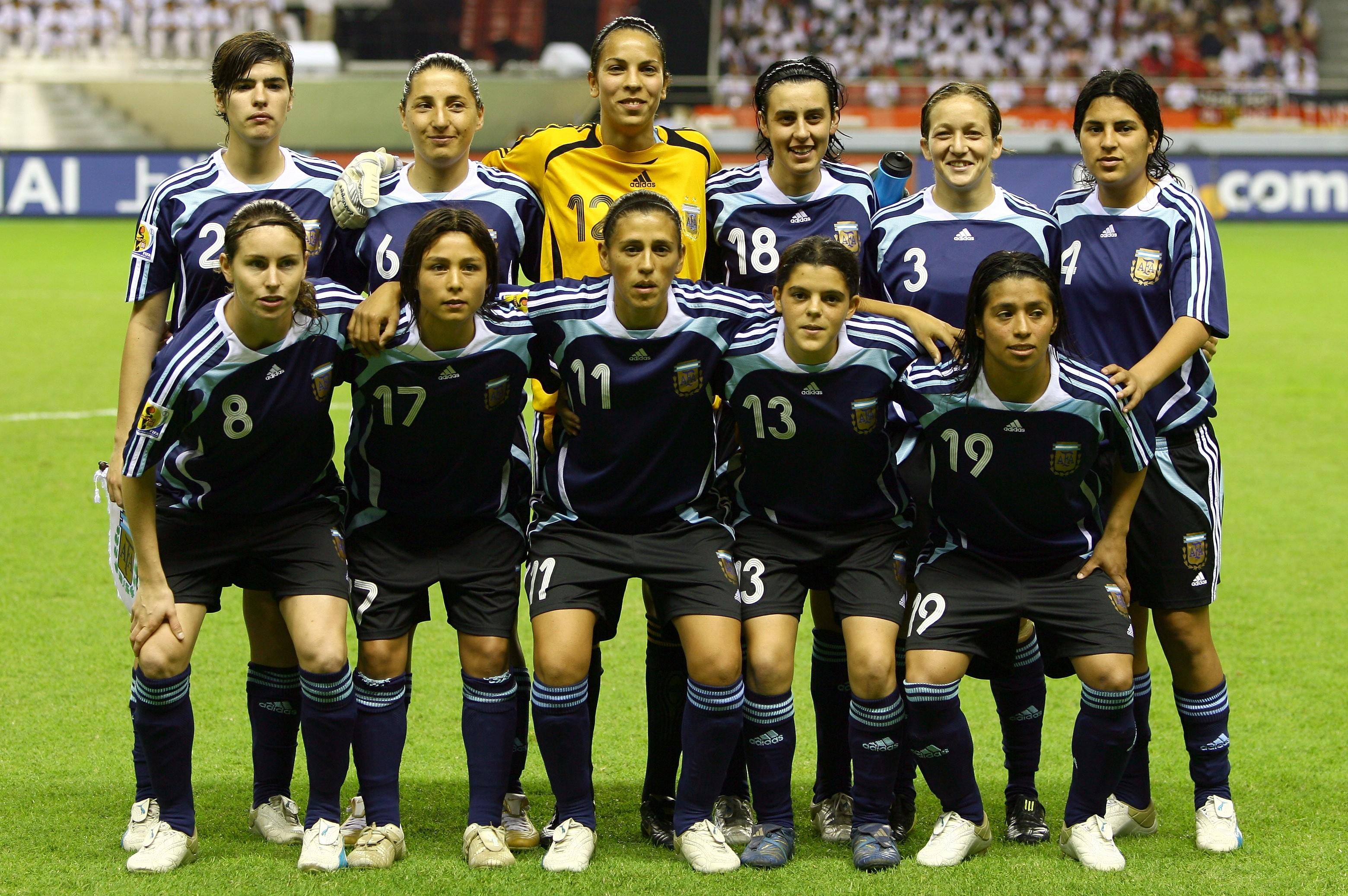 Seleção argentina perfilada antes de partida contra Alemanha pelo Mundial de 2007, na China (Foto: Foto: Getty Images)