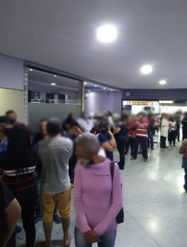 Bingo clandestino é flagrado com mais de 170 pessoas em Suzano; multa pode chegar a R$ 600 mil