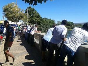 Buscas mobilizaram moradores do município de Barreiras (Foto: Site Alô Alô Salomão)