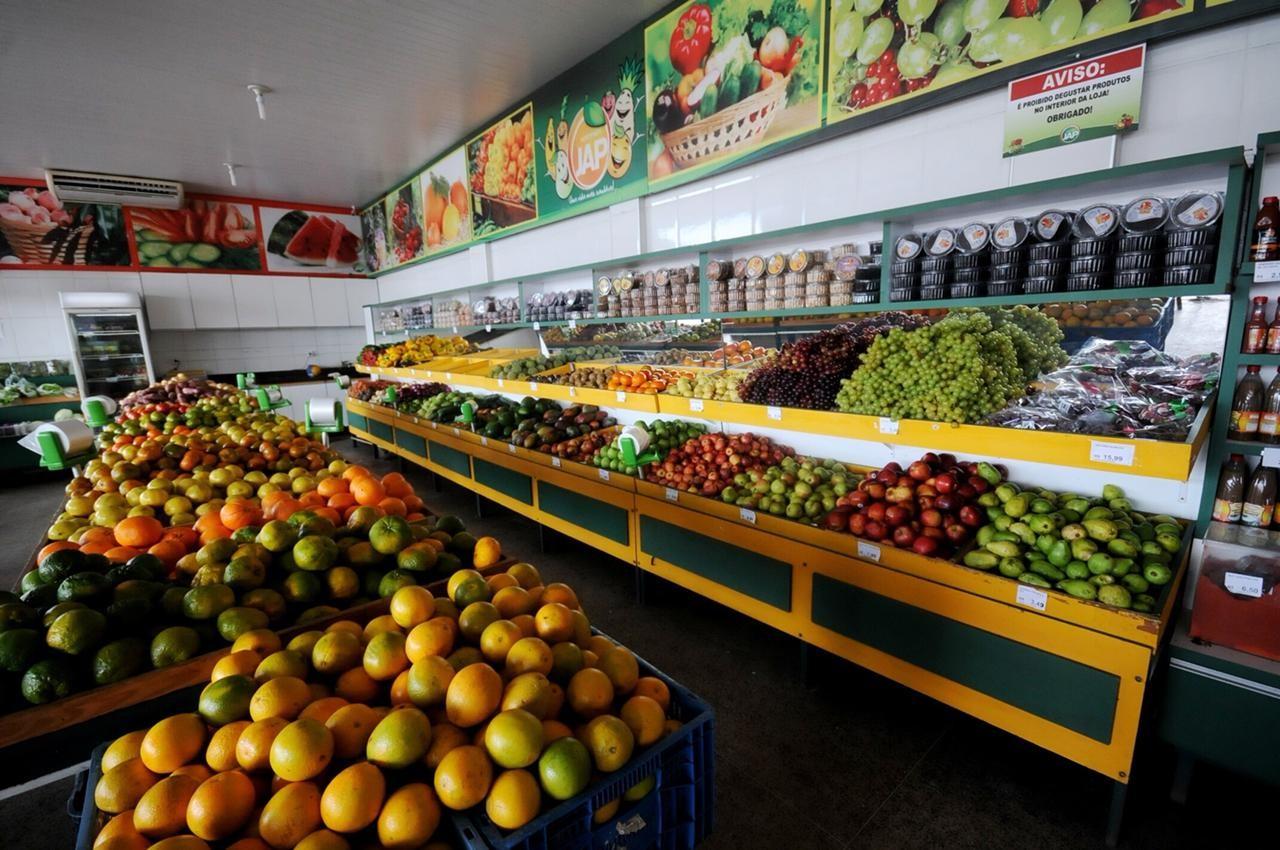 Preços de frutas e hortaliças caem nas centrais de distribuição e Conab prevê custo menor aos consumidores - Notícias - Plantão Diário