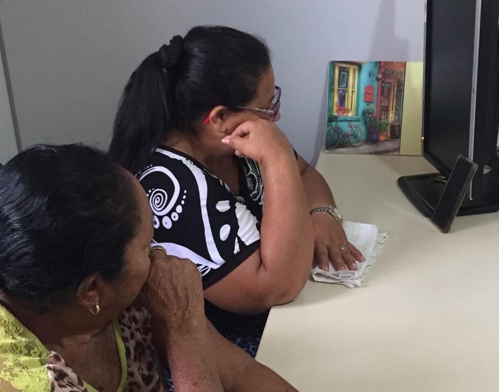 Mãe e tia do detento participaram da vida, intermediada pela Defensoria Pública da Paraíba — Foto: Defensoria Pública da Paraíba/Divulgação