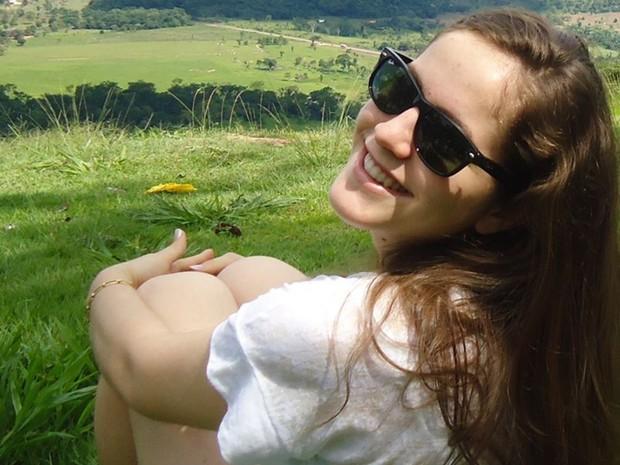 Nathália Araújo Zucatelli é morta após sair de cursinho em Goiânia, Goiás (Foto: Reprodução/ Facebook)