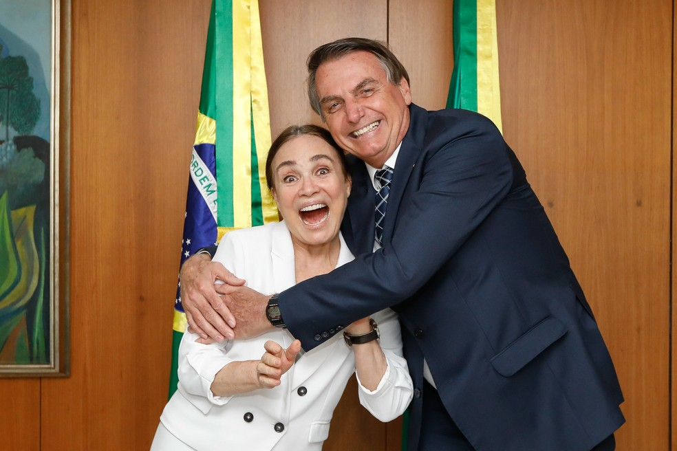 Presidente da República Jair Bolsonaro durante encontro com Regina Duarte — Foto: Carolina Antunes/PR/