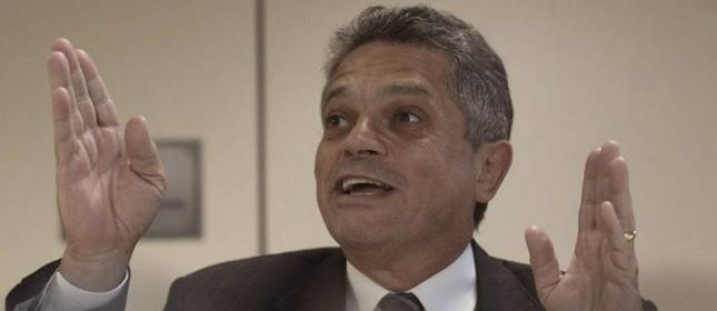 O deputado João Rodrigues de volta à Câmara