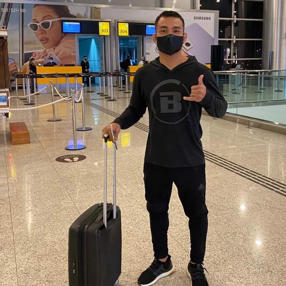 Viagem de John Macapá entre aeroportos iniciou no sábado, partindo do Rio de Janeiro — Foto: John Macapá/Arquivo Pessoal