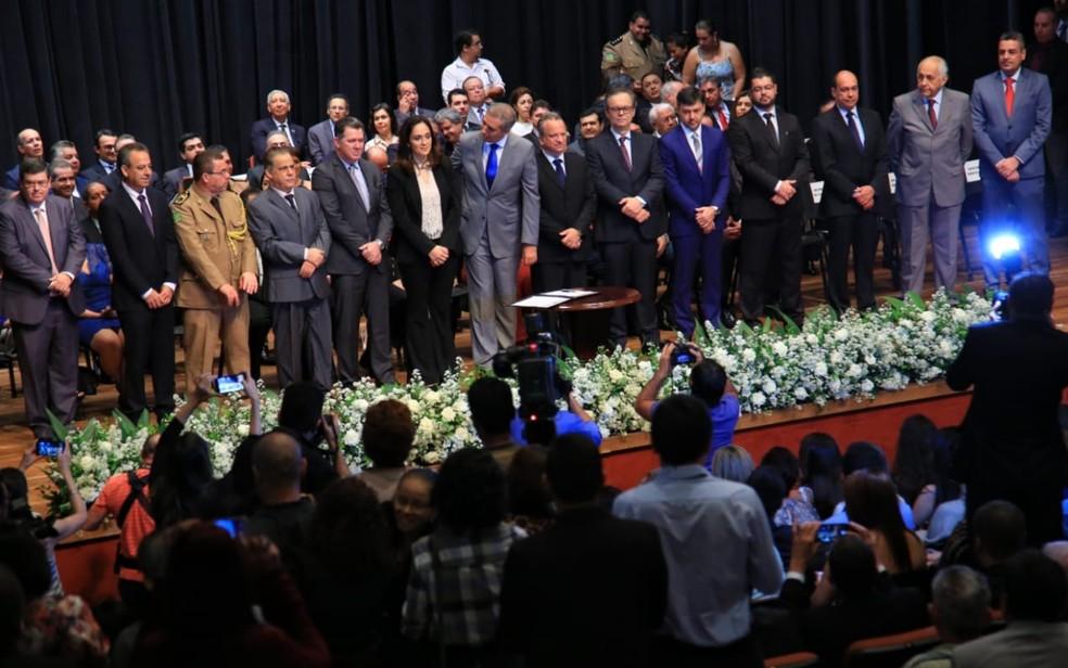 Novos secretários foram empossados pelo governador de Goiás, José Eliton (Foto: Twitter/Reprodução)