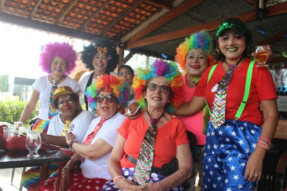Capote da madrugada reúne há 15 anos foliões de todas as idades em Teresina (Foto: Andrê Nascimento/G1)