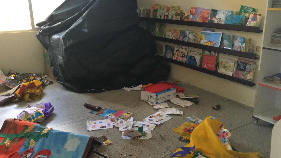 Criminosos roubaram até cartolina e borracha E.V.A. dos CMEIs — Foto: Heloísa Guimarães/Inter TV Cabugi