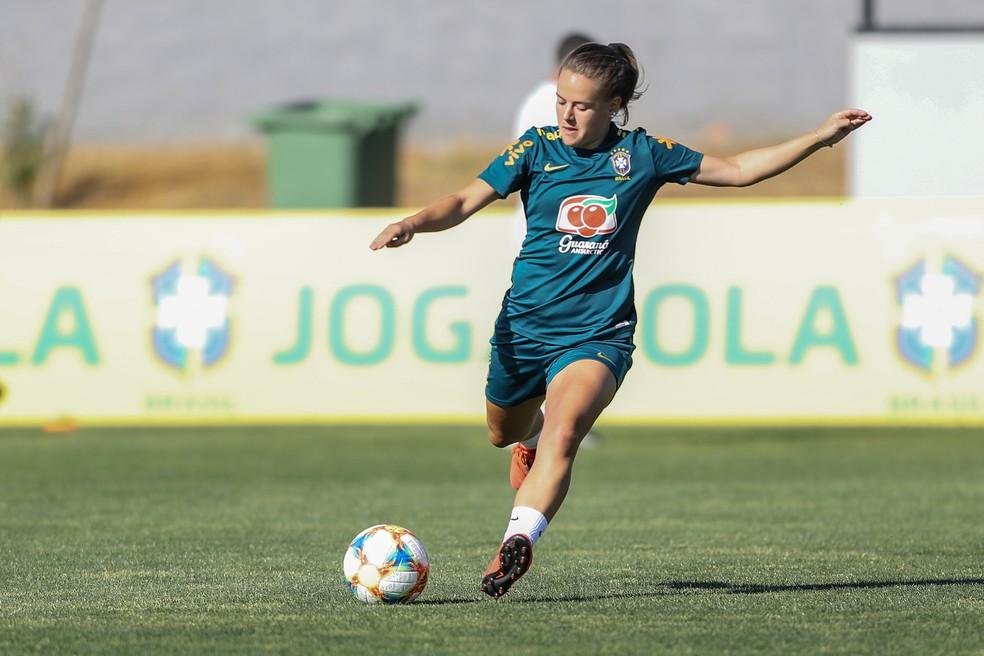 Andressinha substituirá a veterana craque do Brasil — Foto: Assessoria/CBF