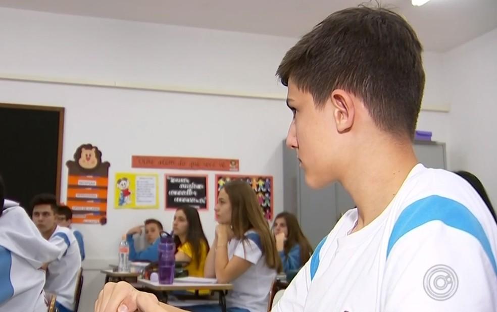 Estudante conseguiu decisão da Justiça para cursar faculdade em Tatuí  — Foto: Reprodução/TV TEM