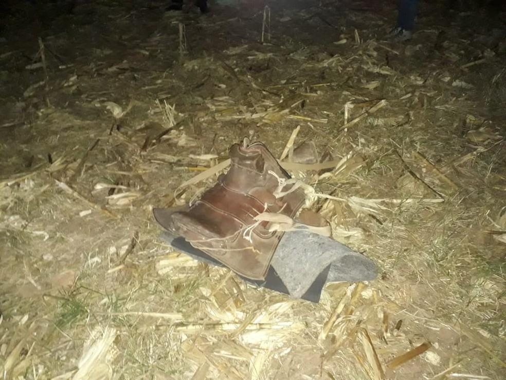 Arreio e sela usados pelo menino foram encontrados no local — Foto: Polícia Civil de Mato Grosso/Divulgação