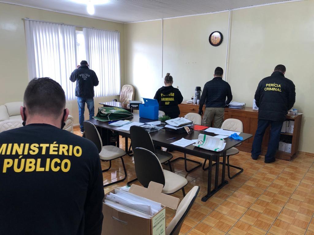 Conselho pede afastamento de presidente da Fecam alvo de operação em SC