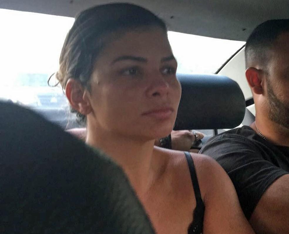 Danúbia, mulher de Nem, foi presa nesta terça-feira (Foto: Divulgação)