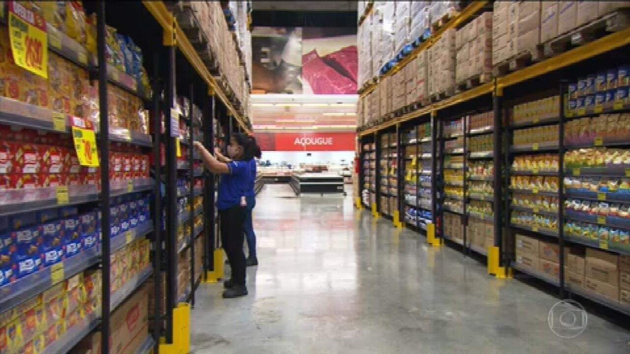 Setor de supermercados cresce mesmo em ano de crise, por causa da pandemia