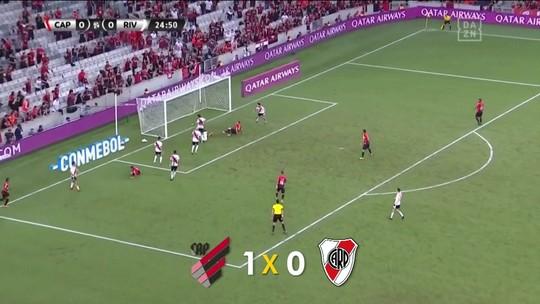 Sempre de primeira, Marco Ruben precisa de duas finalizações para fazer um gol pelo Athletico