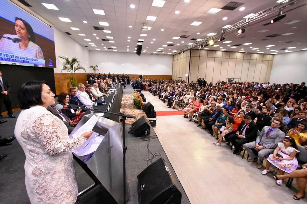 Fátima Bezerra (PT) durante primeiro discurso após ser empossada governador do RN  — Foto: João Gilberto/ALRN