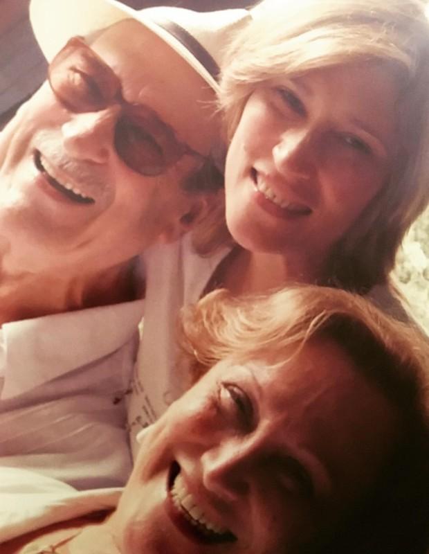 Paulo Goulart, Nicette Bruno e Beth Goulart (Foto: Instagram/Reprodução)