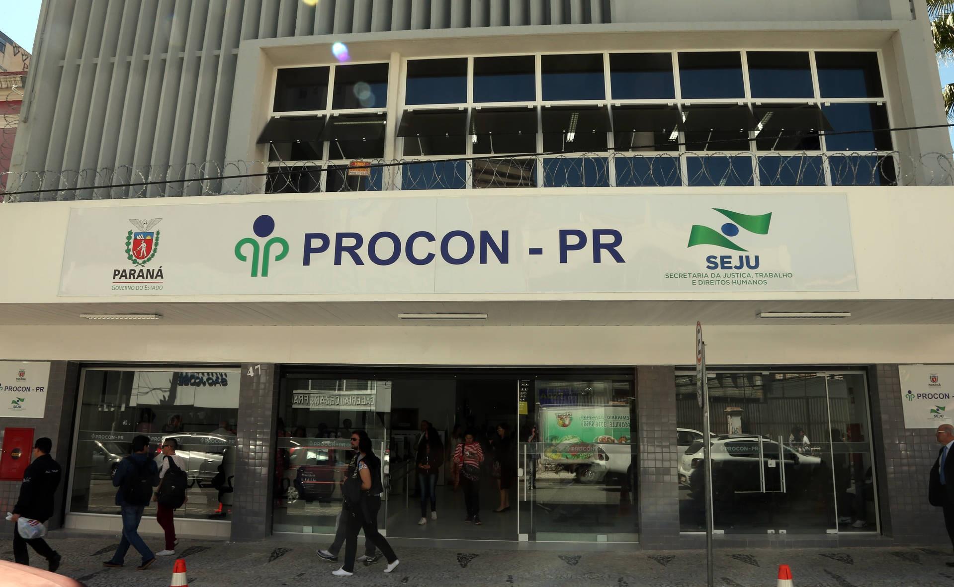Procon suspende atendimento presencial no Paraná entre segunda (25) e sexta (29); veja como usar serviço