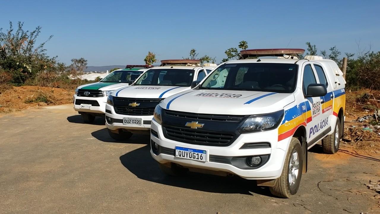 PM e Prefeitura acompanham reintegração de posse de terreno em Montes Claros