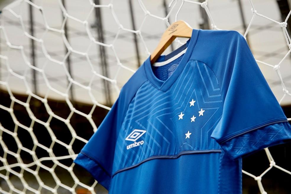 b8e39b03a2bdc ... Detalhes da nova camisa do Cruzeiro — Foto  Divulgação