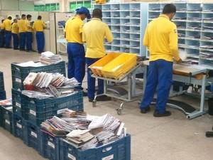 Funcionários dos Correios voltam ao trabalho em Sergipe (Foto: Marina Fontenele/G1)