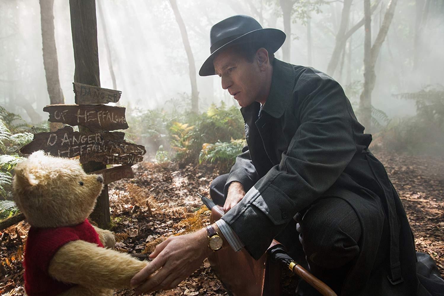 Ewan McGregor em Christopher Robin: Um reencontro inesquecível (Foto: Reprodução / YouTube)