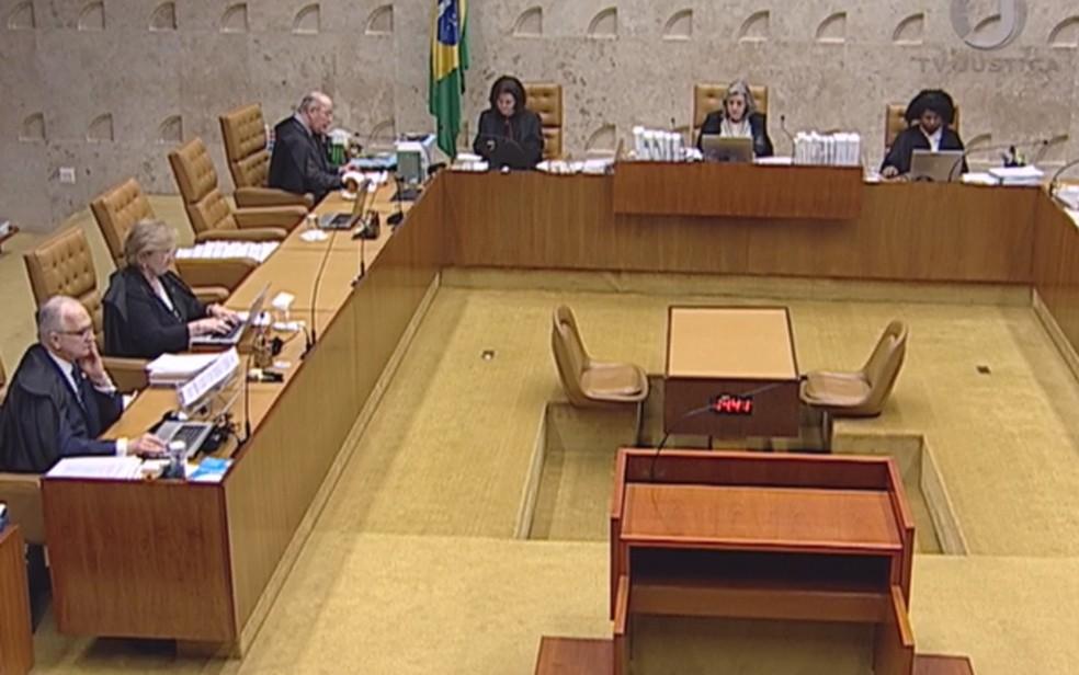 Sessão do STF que julgou ação sobre ensino religioso em escolas públicas (Foto: Reprodução/TV Justiça)