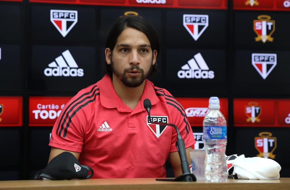Martin Benitez é apresentado no São Paulo — Foto: Reprodução