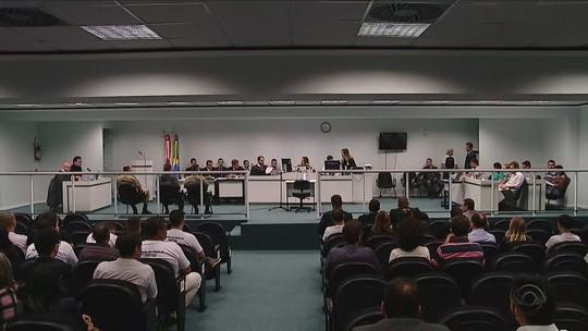 Júri de ex-PM acusado de matar  Ricardinho chega ao segundo dia