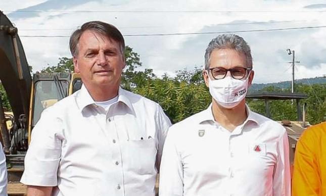 O presidente Bolsonaro e o governador Romeu Zema em dezembro de 2020, em agenda em Minas