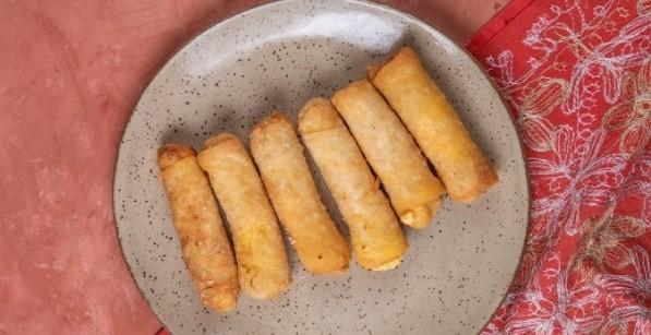 Amir: canudinhos com recheio de queijo