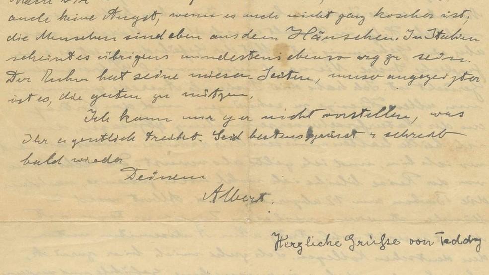A carta, revelada há pouco tempo, é a mais antiga já encontrada em que Einstein aborda o antissemitismo — Foto: Kedem Auction House - Jerusalem