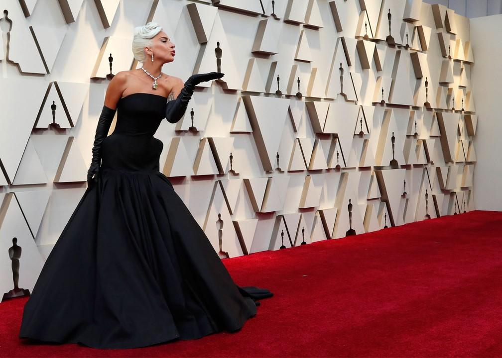 Lady Gaga, indicada a melhor atriz por 'Nasce Uma Estrela', no tapete vermelho do Oscar 2019 — Foto: Mario Anzuoni/Reuters