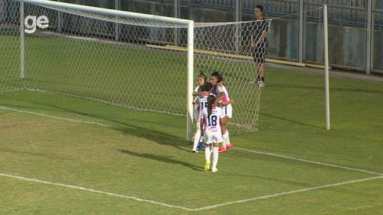 """Vitória vibra com goleada do 3B e comenta mudança de postura no 2º tempo: """"Faltava era atitude"""""""