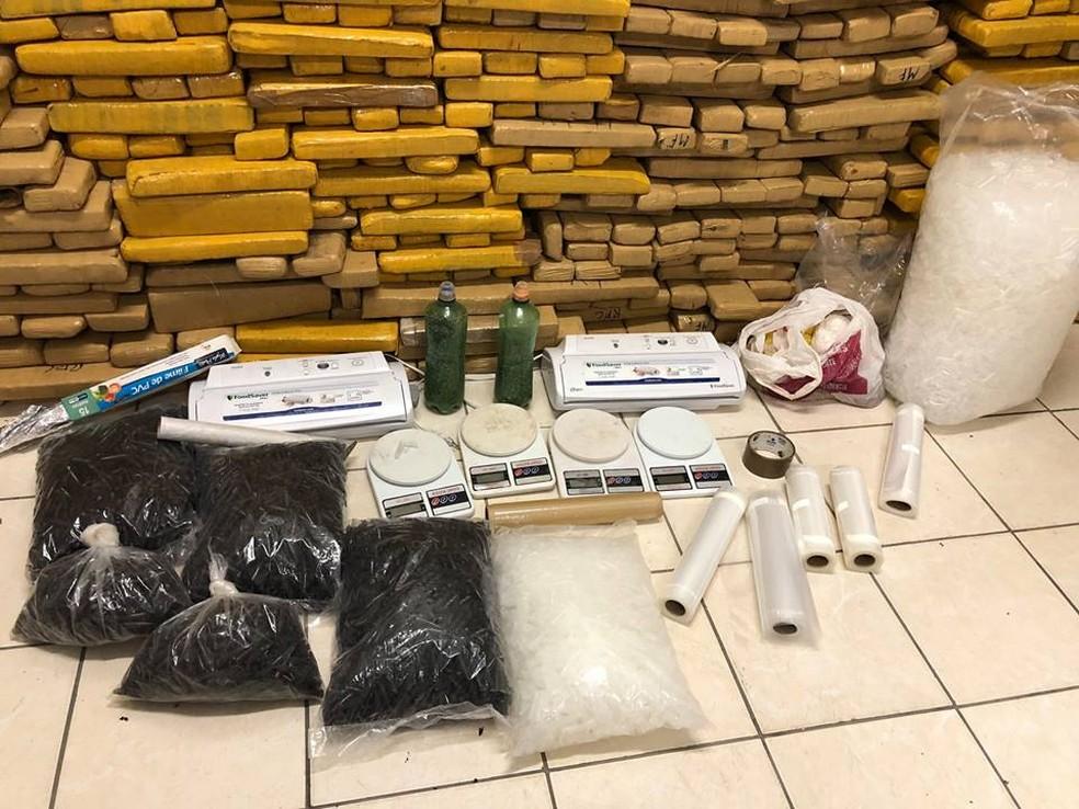 Polícia Civil apreende 840 kg de maconha em Caçapava, SP (Foto: Polícia Civil/Divulgação)