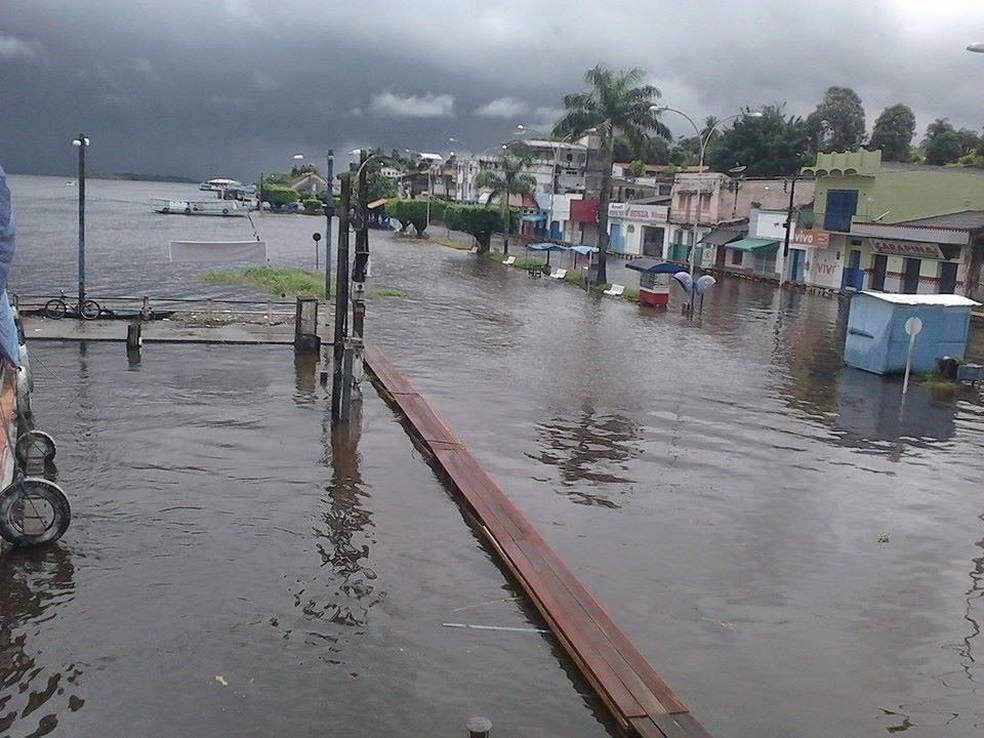Cheia do rio Trombetas em Oriximiná, no oeste do Pará (Foto: Ascom/PSM)