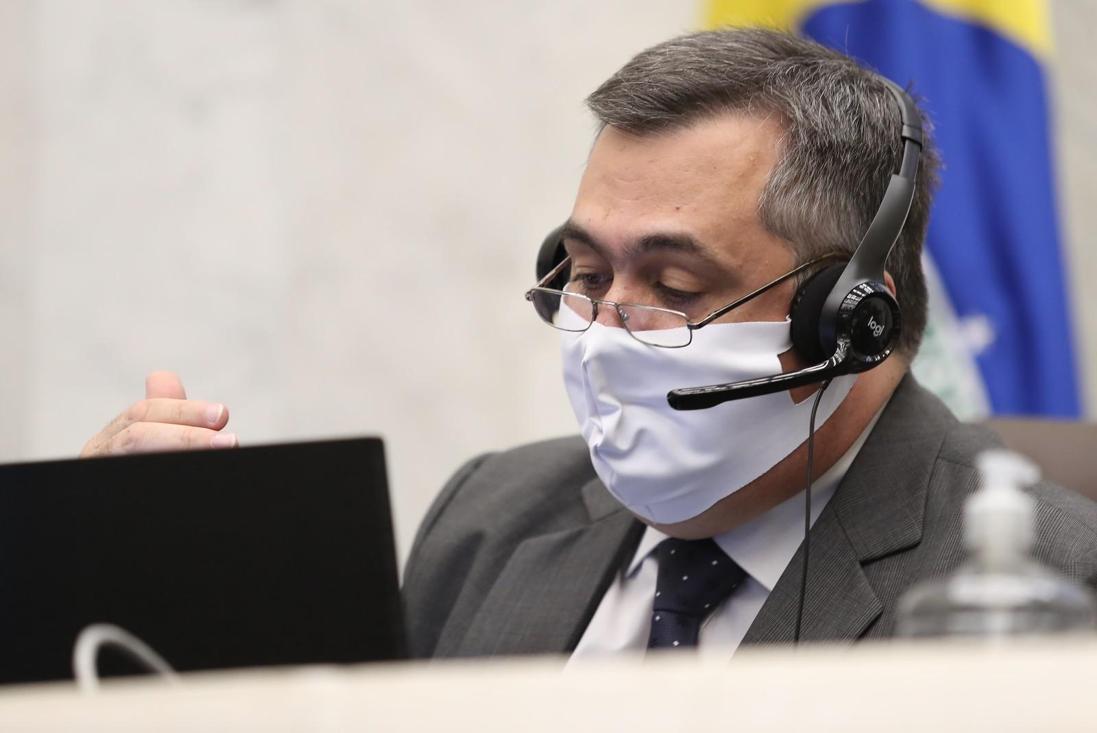 Saúde usou mais de R$ 40 milhões no combate ao coronavírus no Paraná, diz secretário