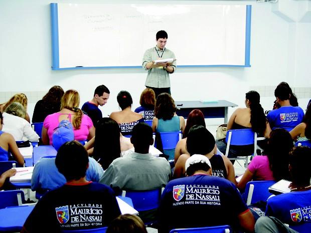 Sala de aula na faculdade Maurício de Nassau (Foto: Divulgação)