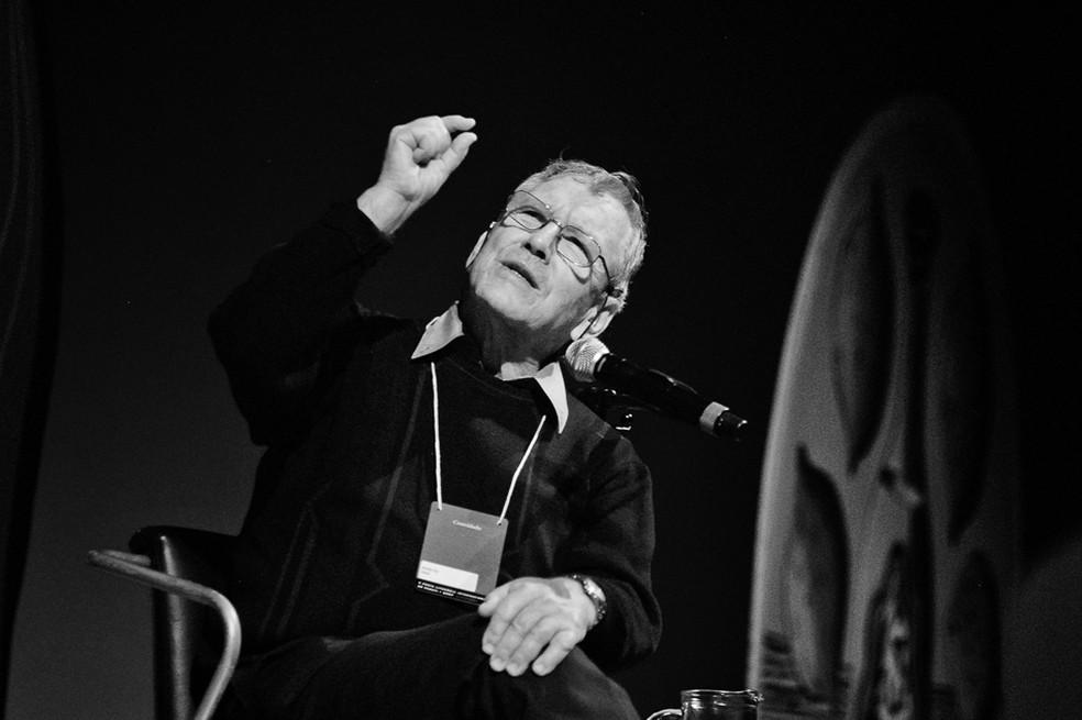 Amos Oz em 2007 — Foto: Walter Craveiro