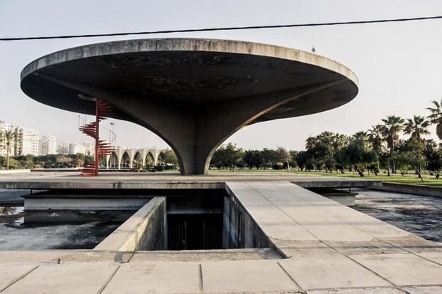 Obra de Oscar Niemeyer no Líbano pode se tornar Patrimônio Mundial da Humanidade (Foto: Instagram @saroufimanthony)