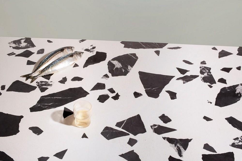 O Altrock é selado é com óleo de cera para resistir às manchas, ideal para bancadas (Foto: Grasby/Reprodução)