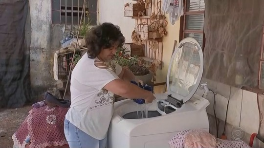 Moradores de Barra Bonita reclamam de falta de água