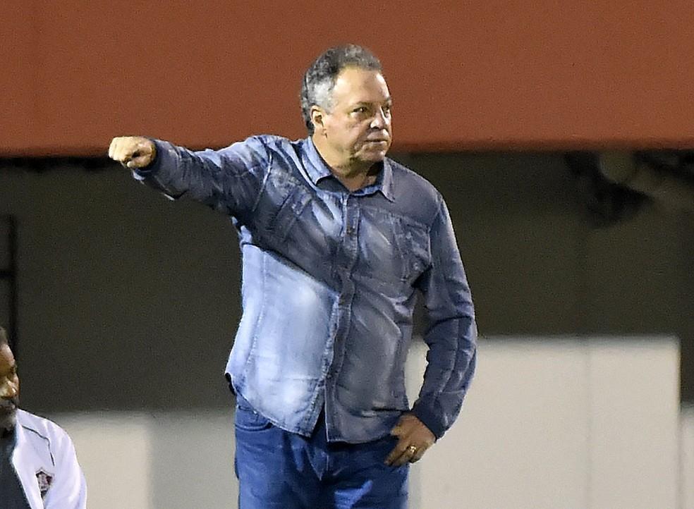 Abel Braga vai estar à beira do campo para comandar o Fluminense contra o Sport, nesta quarta (Foto: André Durão)