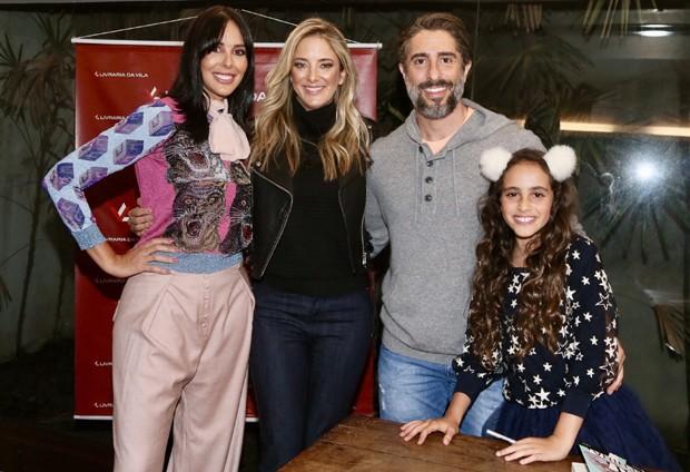 Suzanna Gullo, Ticiane Pinheiro, Marcos Mion e Donatella (Foto: Manuela Scarpa/Brazil News)