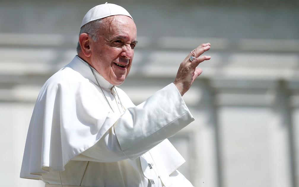 O Papa Francisco no Vaticano, em foto de 24 de abril — Foto: Reuters/Yara Nardi
