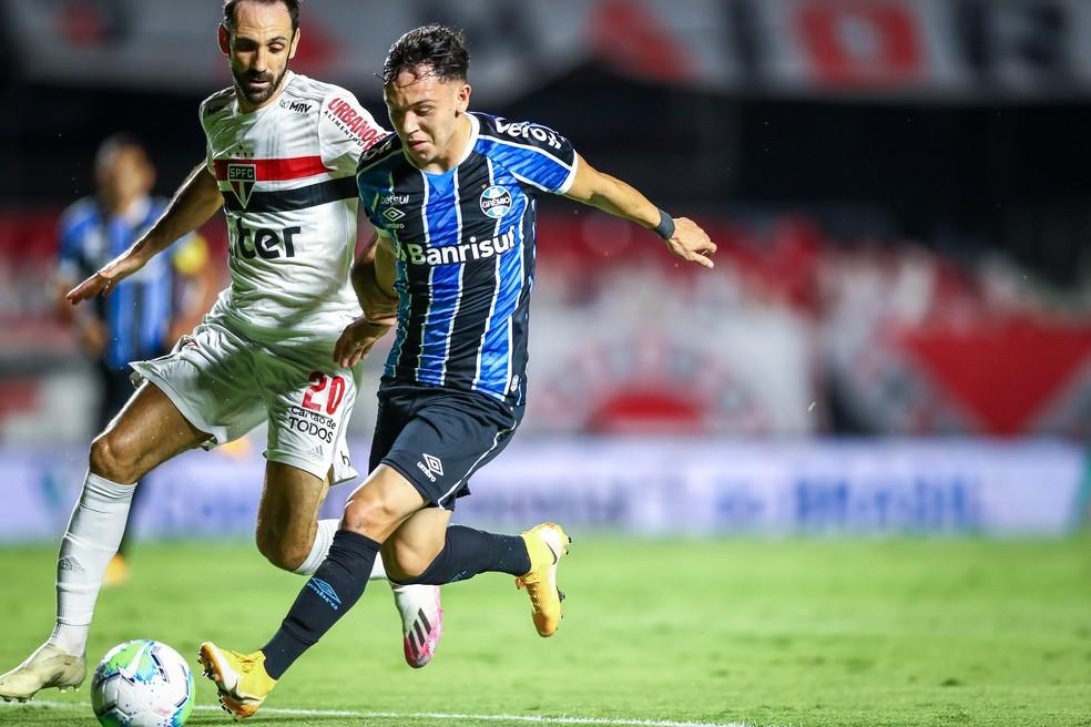 Pepê pode sair do Grêmio antes das finais da Copa do Brasil — Foto: Lucas Uebel/Grêmio