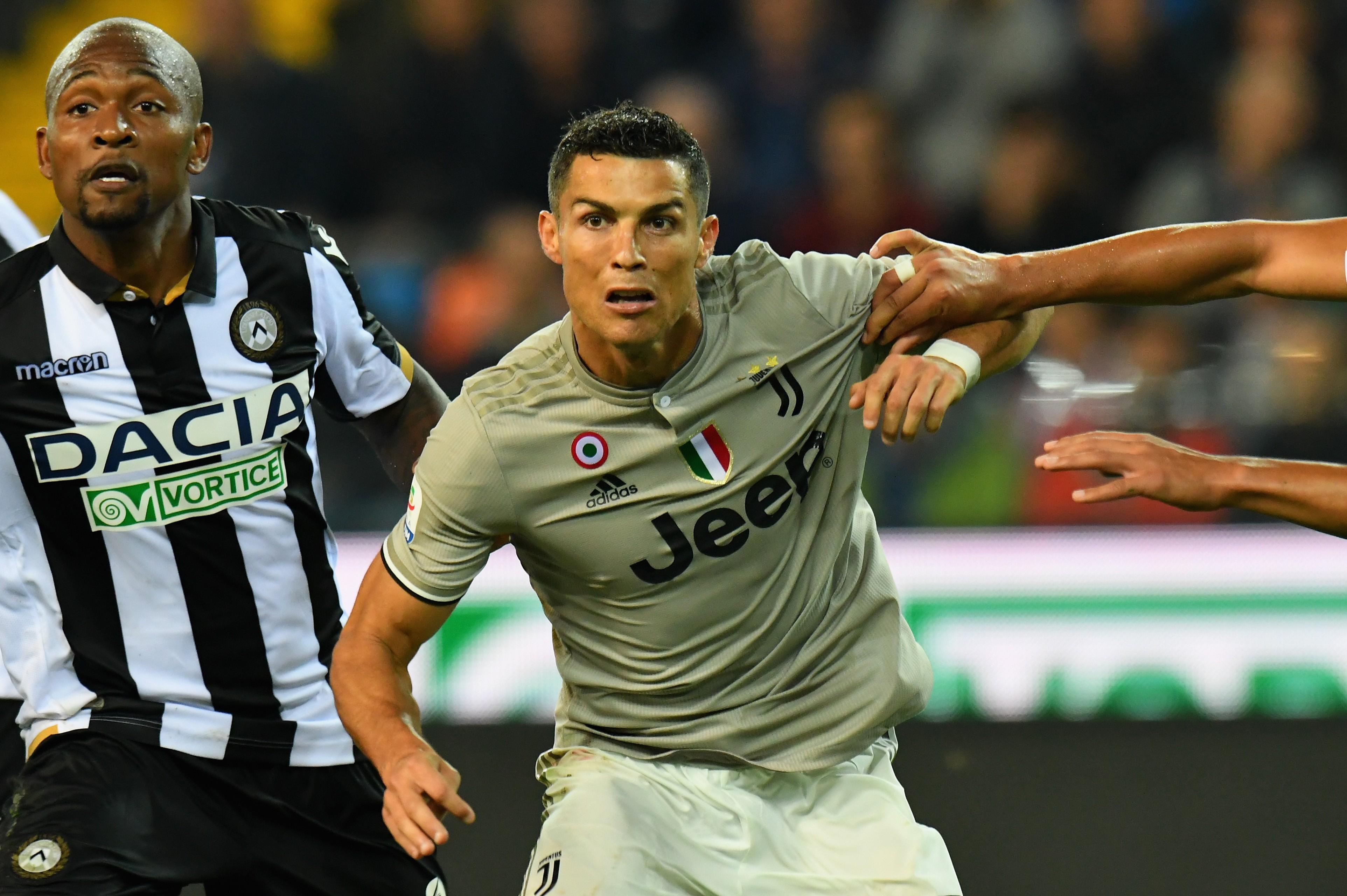 O craque português Cristiano Ronaldo em ação pela Juventus (Foto: Getty Images)