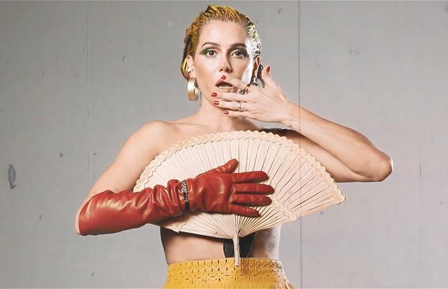 Deborah Secco para o Beauty Flash (Foto: Divulgação)